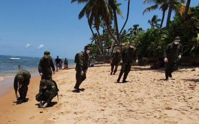 Marinha do Brasil inspeciona Praia do Forte em operação