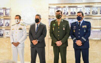 Ministro da Defesa apresenta novos Comandantes das Forças Armadas